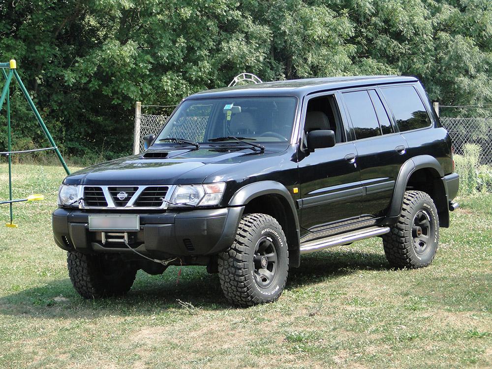 Nissan Patrol Y61 4x4servis Si